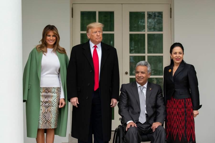 A la Maison-Blanche le 12 février, Melania Trump fait scandale dans sa jupe en python