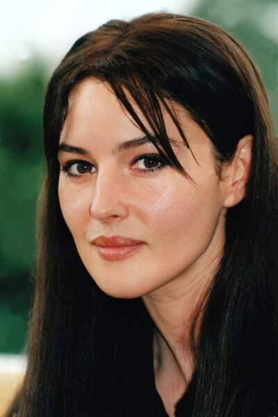 Monica Bellucci avec la mèche rideau en 1997
