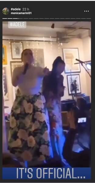 Adele en look branchée avec cette jupe fleurie signée oscar de la renta