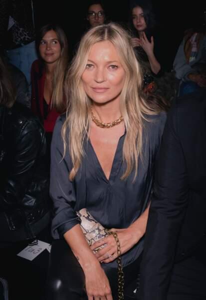 Kate Moss au défilé Zadig & Voltaire porte un collier Lauren Rubinski