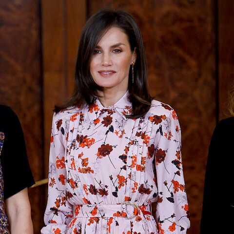 PHOTOS – La princesse Letizia fait son effet en recyclant une robe fleurie Hugo Boss