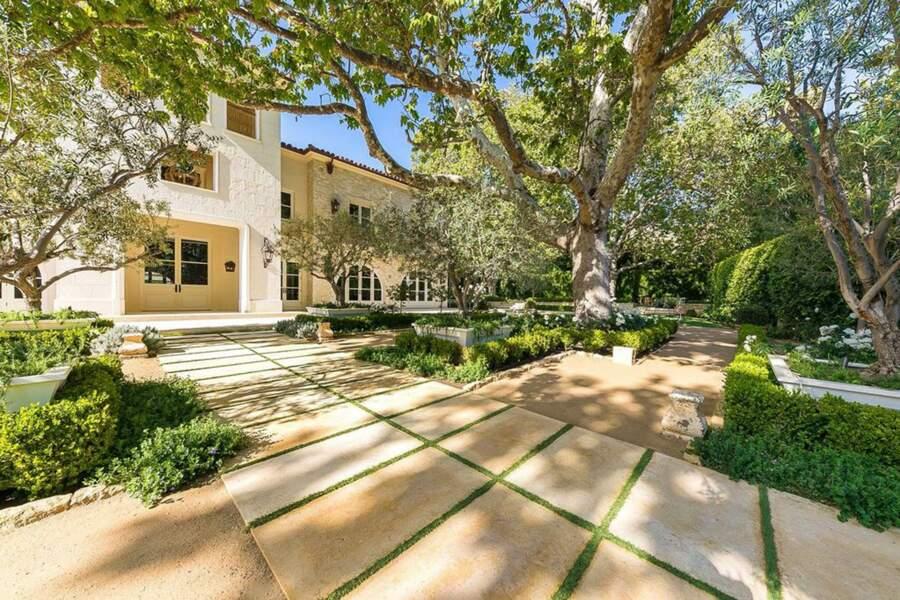 La maison est actuellement utilisée comme un bien locatif coûteux et Kylie Jenner y est même restée 2 semaines en 2018