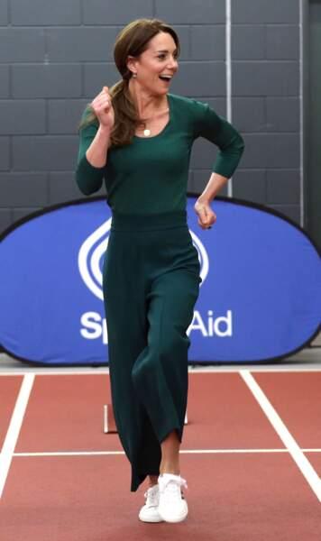 Kate Middleton sprinte au stade olympique de Londres