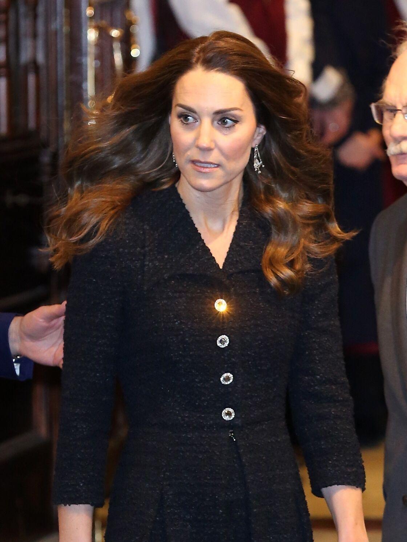 Kate Middleton s'affiche avec les boucles d'oreille chandelier d'Elizabeth II