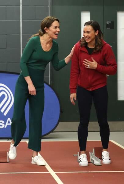 Kate Middleton donne de sa personne au stade olympique de Londres