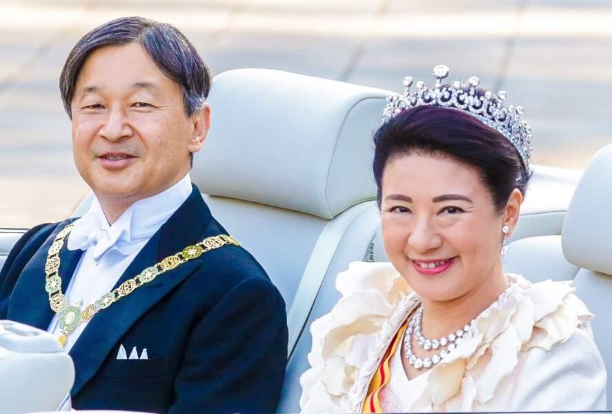 Six ans après leur rencontre,  Masako Owada a finalement accepté la troisième proposition en mariage du prince Naruhito en décembre 1992 et le couple s'est uni en juin 1993. Longtemps dépressive, Masako est sortie de sa torpeur après l'abdication de son beau-père, l'empereur Akihito. L'épouse de Naruhito est officiellement impératrice du Japon depuis avril 2019.