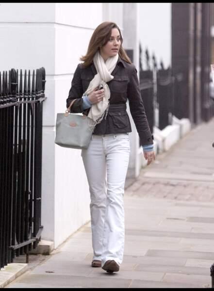 Mais avant son mariage, Kate a travaillé pour l'entreprise de ses parents Party Pieces, spécialisée dans les articles de fête. Elle a par la suite officié en tant qu'acheteuse d'accessoires pour la chaîne de vêtements britannique Jigsaw. Un emploi quitté en 2006 à cause de la pression médiatique.