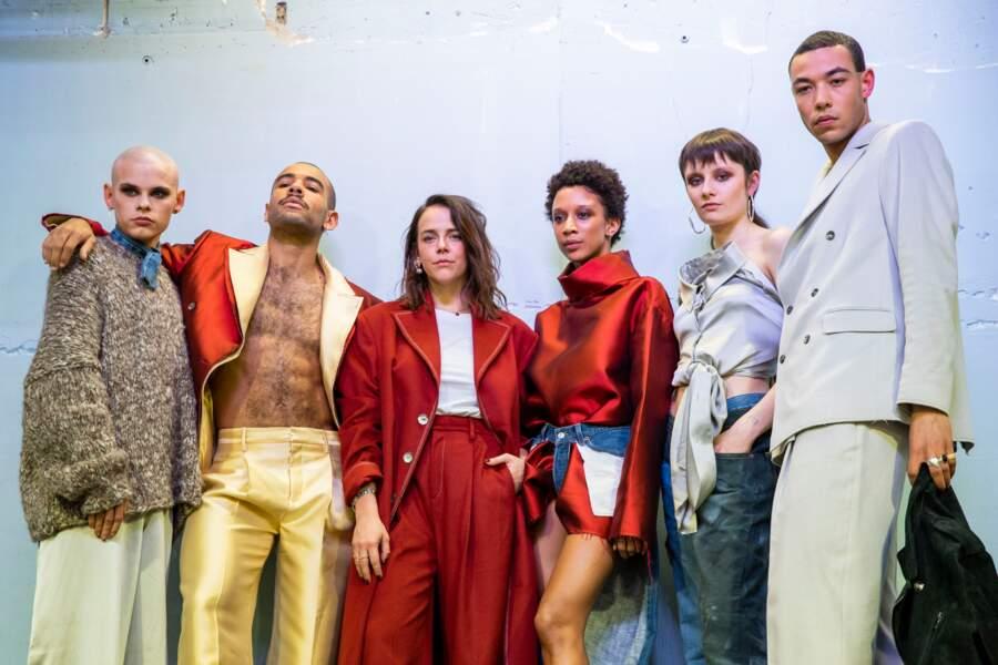 Pauline Ducruet pose avec ses modèles et présente sa collection automne-hiver 2020/2021 de sa marque, Alter.