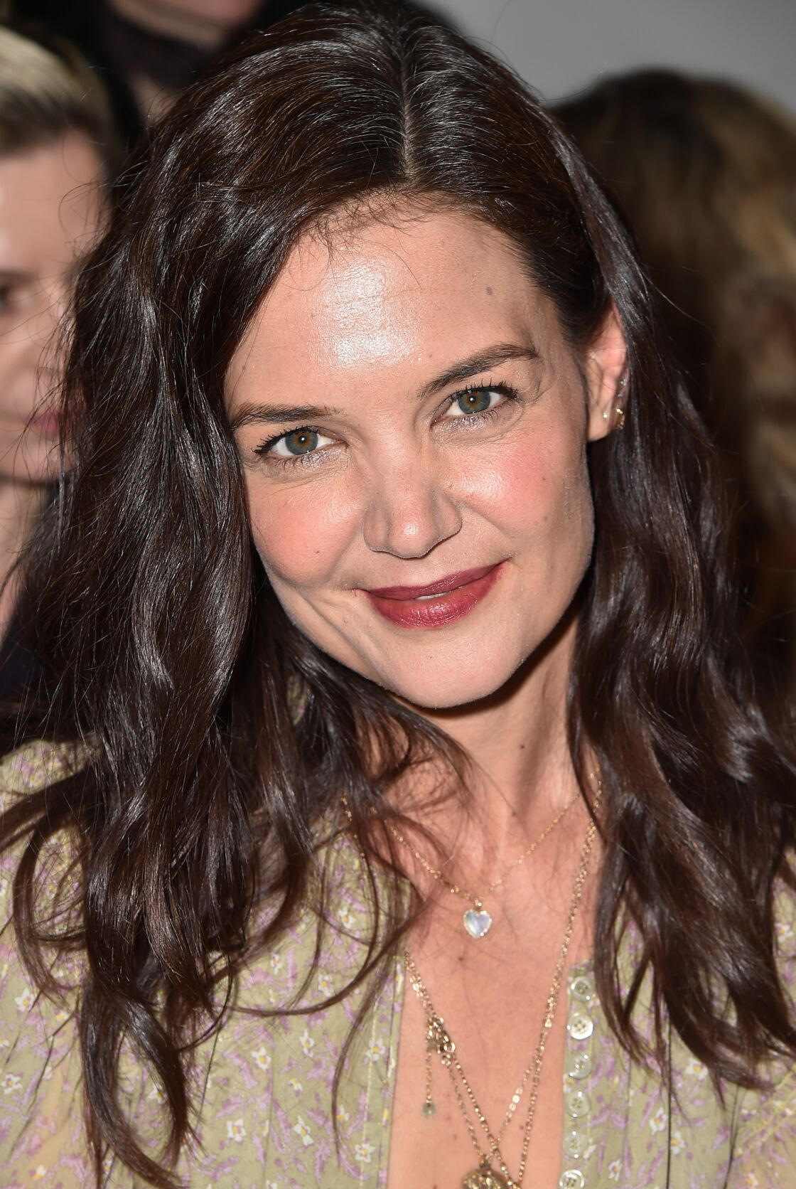 Katie Holmes assume ses racines blanches