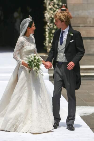 Lorsque son regard croise celui de Christian de Hanovre au Pérou, Alessandra de Osma travaille encore comme guide. En 2011, ils emménagent ensemble. Fiancés en 2017, ils se marient civilement à Londres, puis religieusement à Lima en 2018.