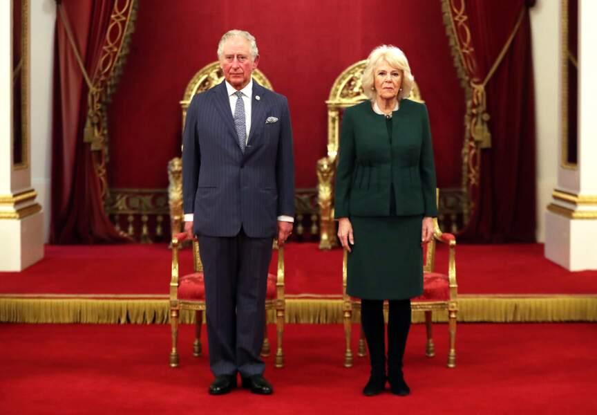 Maîtresse de l'ombre de Charles pendant des années, Camilla est finalement devenue duchesse de Cornouailles, en épousant le fils aîné d'Elizabeth II en avril 2005.