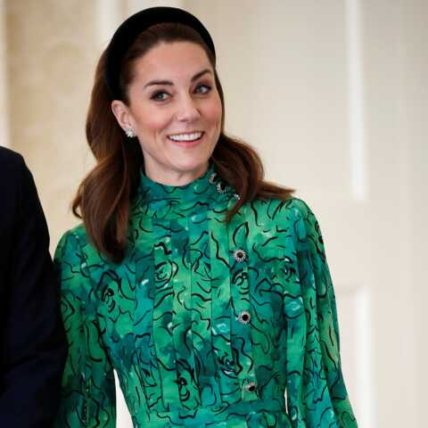 PHOTOS – Kate Middleton, très élégante et chic avec des boucles d'oreilles à plus de 19 000 €!