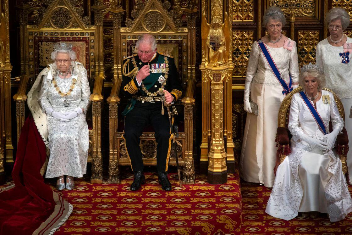 Elizabeth II, Charles et Camilla réunis pour l'ouverture du Parlement britannique, le 14 octobre 2019.