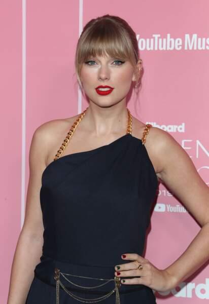 Taylor Swift porte depuis des années l'un des bestseller de la marque M.A.C Cosmetics