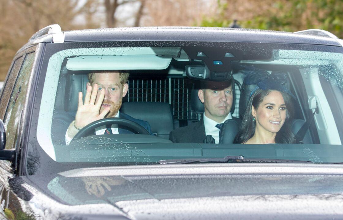 Harry et Meghan Markle, sur le chemin de leurs retrouvailles avec la reine, à Windsor, le 8 mars 2020.