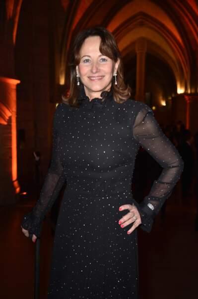 Ségolène Royal portait une longue robe noire strassée