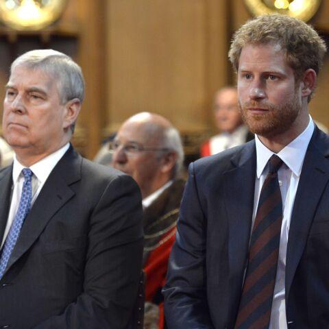Le prince Harry gêné par les ennuis du prince Andrew… se désolidarise de la famille royale