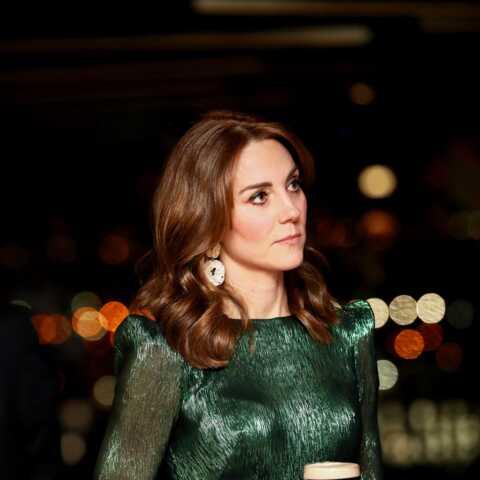 PHOTOS – Kate Middleton, Meghan Markle: les stars du gotha craquent pour des chaussures à paillettes
