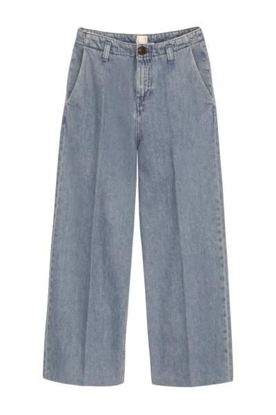 Jean lumau bleu clair, 139€, Des Petits Hauts.