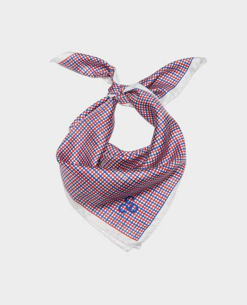 Foulard en soie, 75€, Comptoir des Cotonniers.