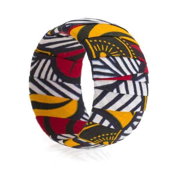 Bracelet en tissu wax, 15€, Mansaya.
