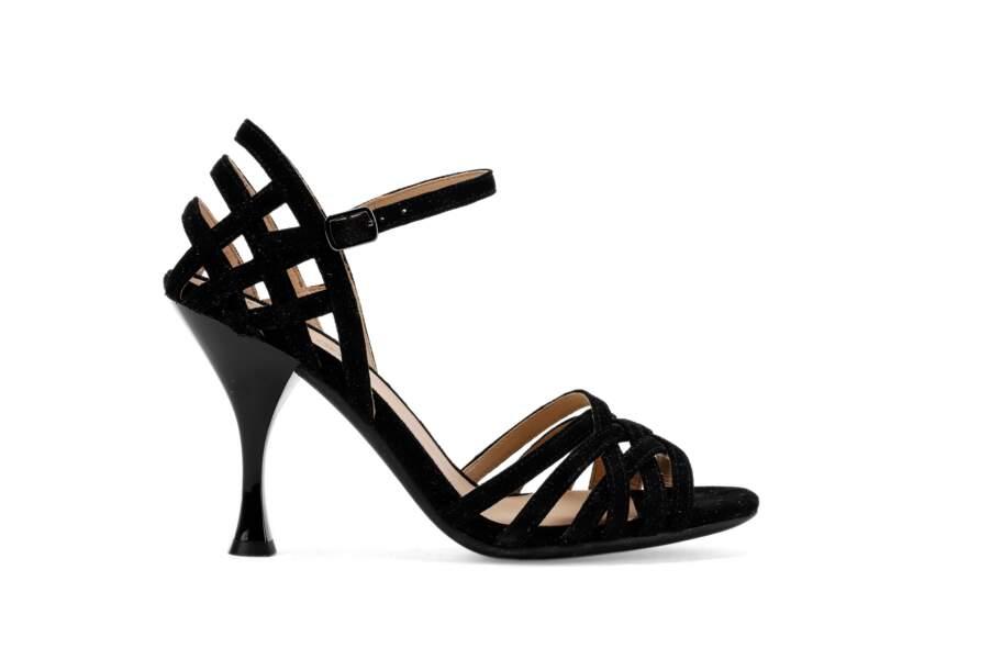 Sandales en suède, 125€, Geox.