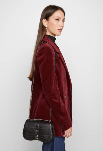 GUESS - Petit sac modèle Asher, 57€