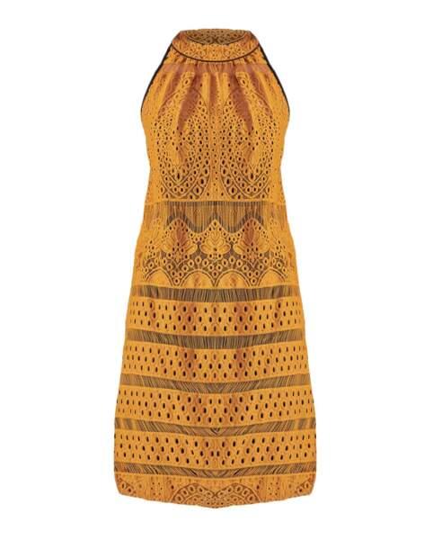 Robe ajourée, 250€, Anne Fontaine