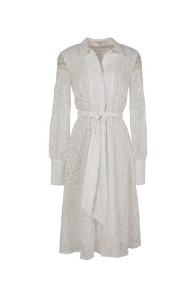 Robe en dentelle, 189€, Dehry