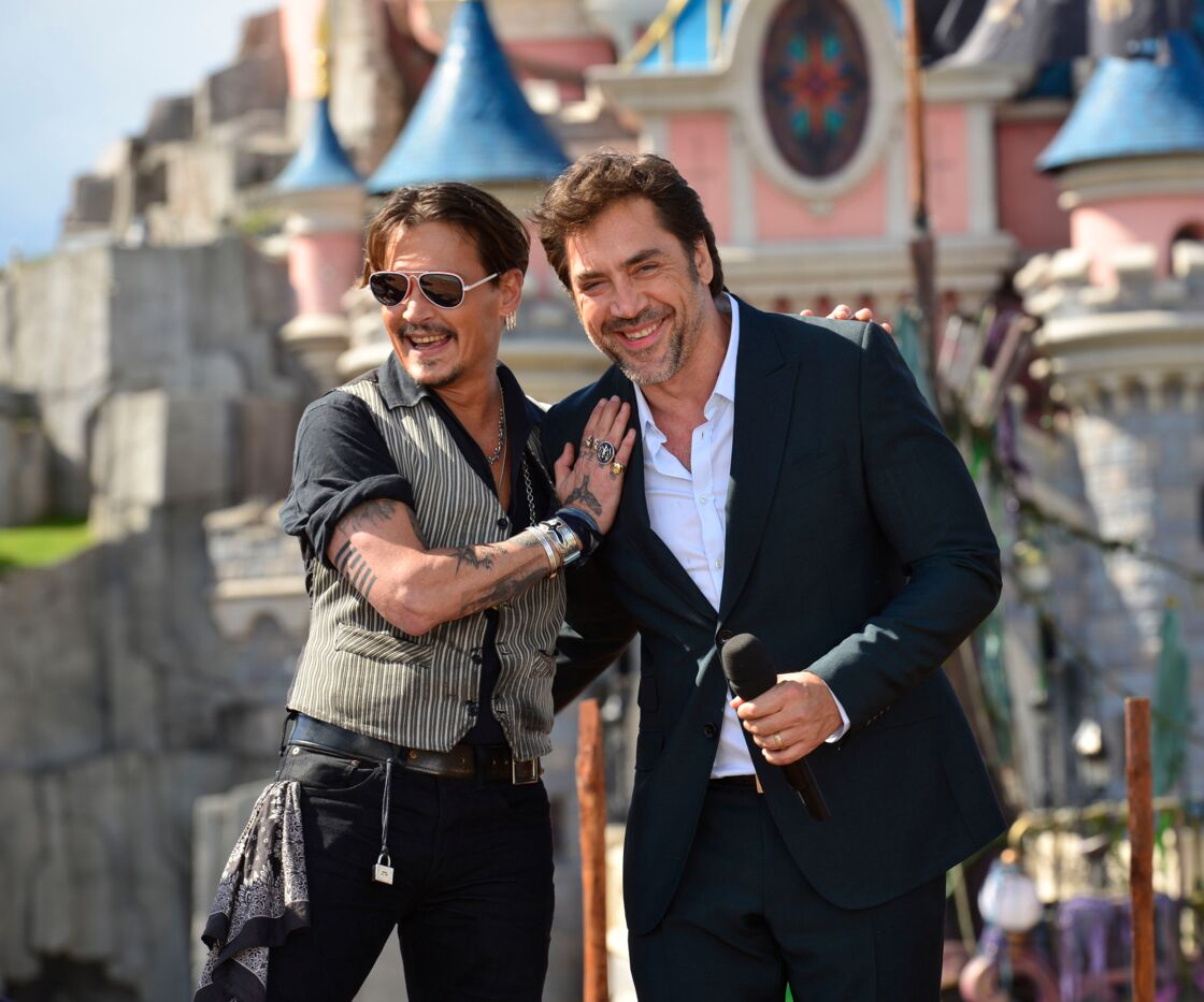 Javier Bardem et Johnny Depp à Disneyland Paris