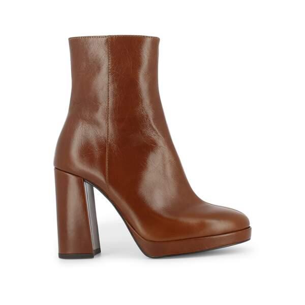 Boots, 175€, Jonak