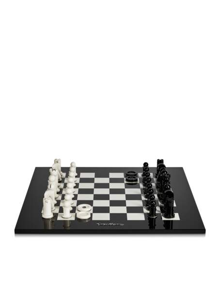 Jeu d'échecs avec jeu de dames, 3500 € Armani Casa