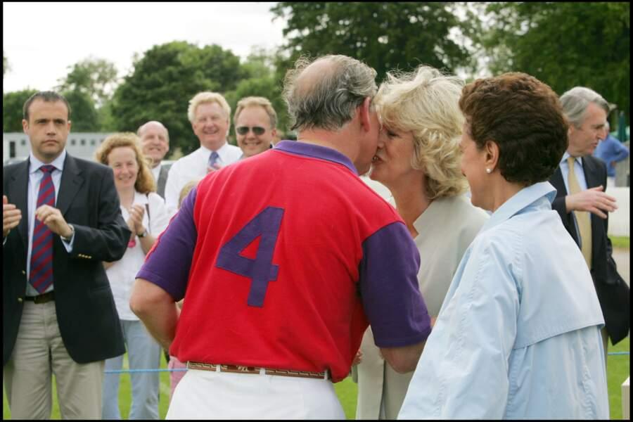 Le prince Charles et Camilla lors d'un match de polo à Cirencester, le 17 juin 2005