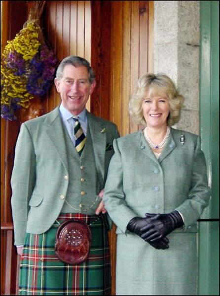 Charles et Camilla sur la photo officielle annonçant leurs fiançailles, en février 2005