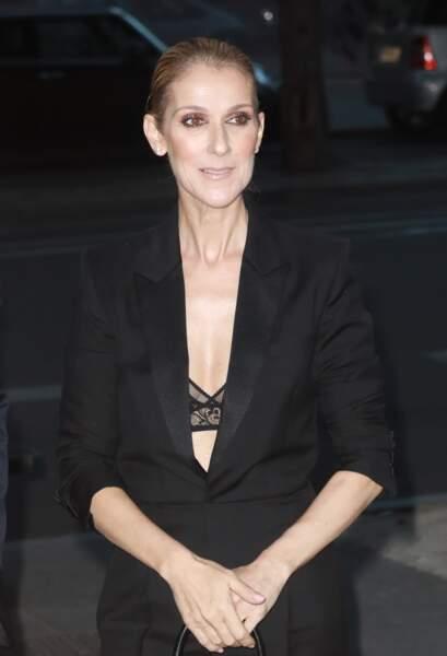 Céline Dion : quittant le l'hôtel Royal Monceau à Paris en juillet 2017