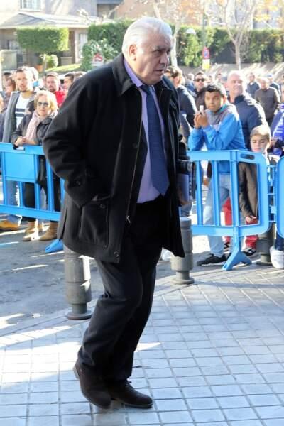 Lorenzo Sanz, l'ancien président du Real Madrid, est décédé des suites du coronavirus à l'âge de 76 ans.