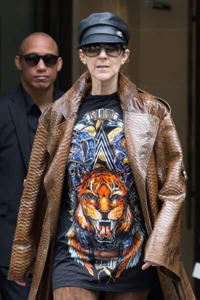 Céline Dion : overlookée en Balmain à l'hôtel Royal Monceau de Paris en juin 2017