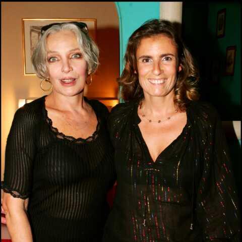 La fille de Marie Laforêt, Lisa Azuelos, très émue par la reprise d'une de ses chansons en hommage aux malades