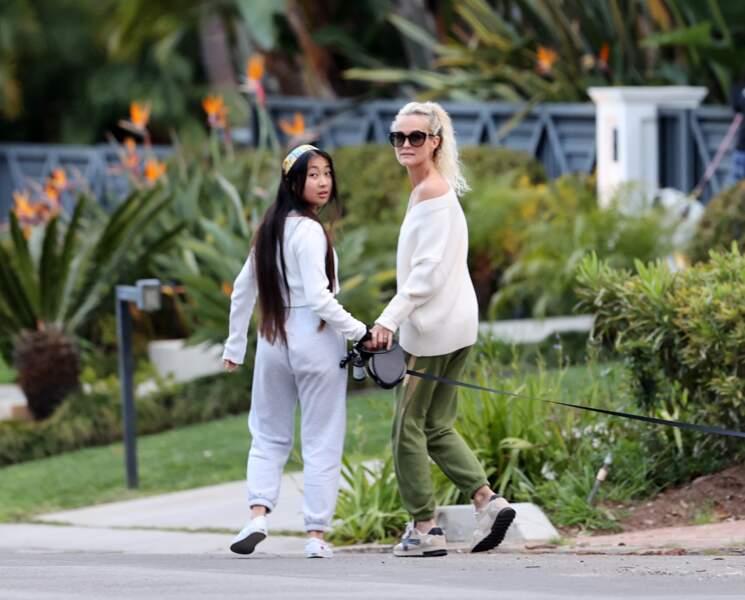 Laeticia Hallyday et sa fille Jade, 15 ans, dans les rues de Los Angeles
