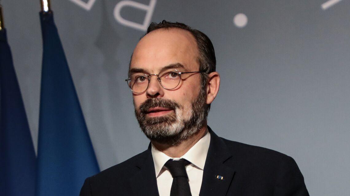 Édouard Philippe est le Premier ministre le plus populaire depuis Jean-Pierre Raffarin  Photos-edouard-philippe-sa-barbe-qui-blanchit-a-vue-d-oeil-lui-vaut-un-nouveau-surnom