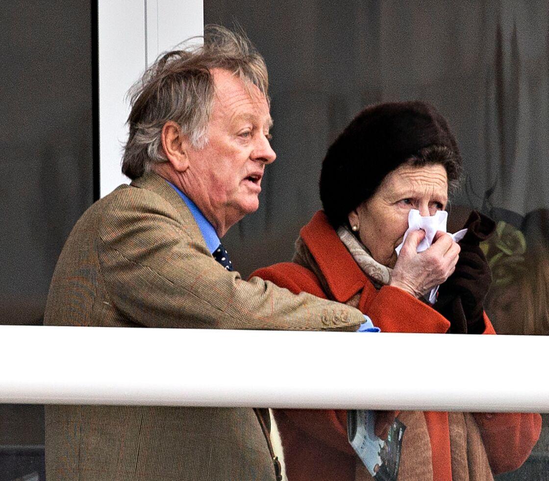 Andrew Parker-Bowles et la princesse Anne à l'hippodrome de Cheltenham, le 10 mars 2020.
