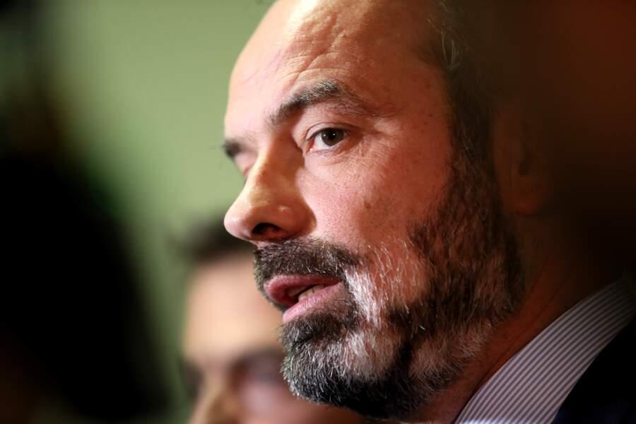 Le 13 février, aux prémices de l'épidémie de coronavirus en France,  la barbe d'Edouard Philippe devient de plus en plus blanche