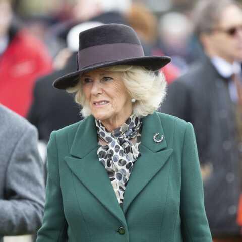 Après le prince Charles, le premier mari de Camilla Parker-Bowles a aussi été testé positif au coronavirus