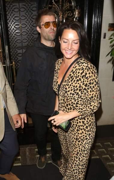 Même son de cloche du côté de Liam Gallagher et de sa fiancée, Debbie Gwyther.