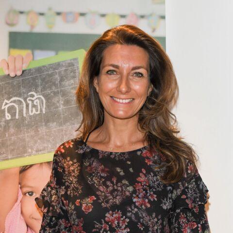 Anne-Claire Coudray toujours «habillée un peu pareil» au JT, elle ironise sur son look