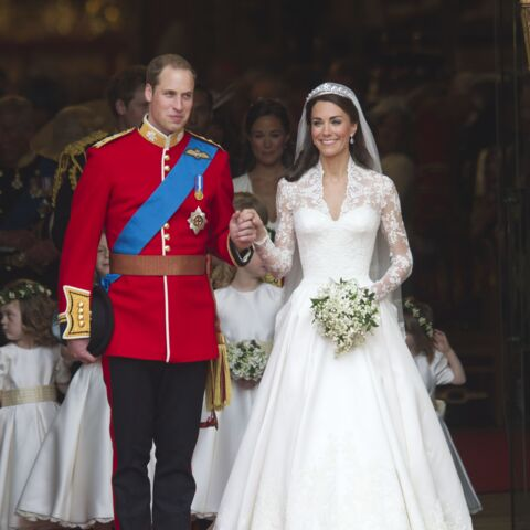 PHOTOS – La robe de mariée de Kate Middleton