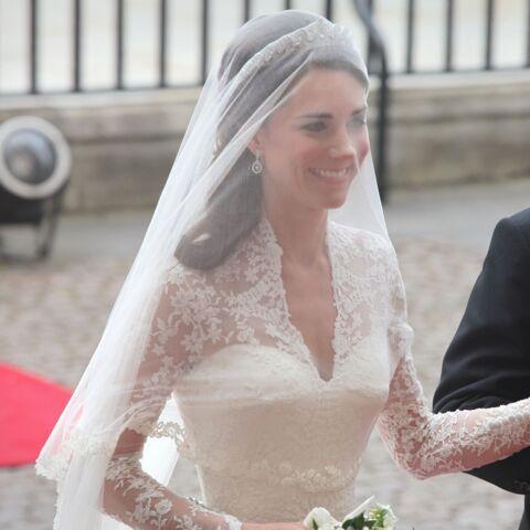 PHOTOS – Kate Middleton: pourquoi elle a paniqué à cause de sa robe de mariée