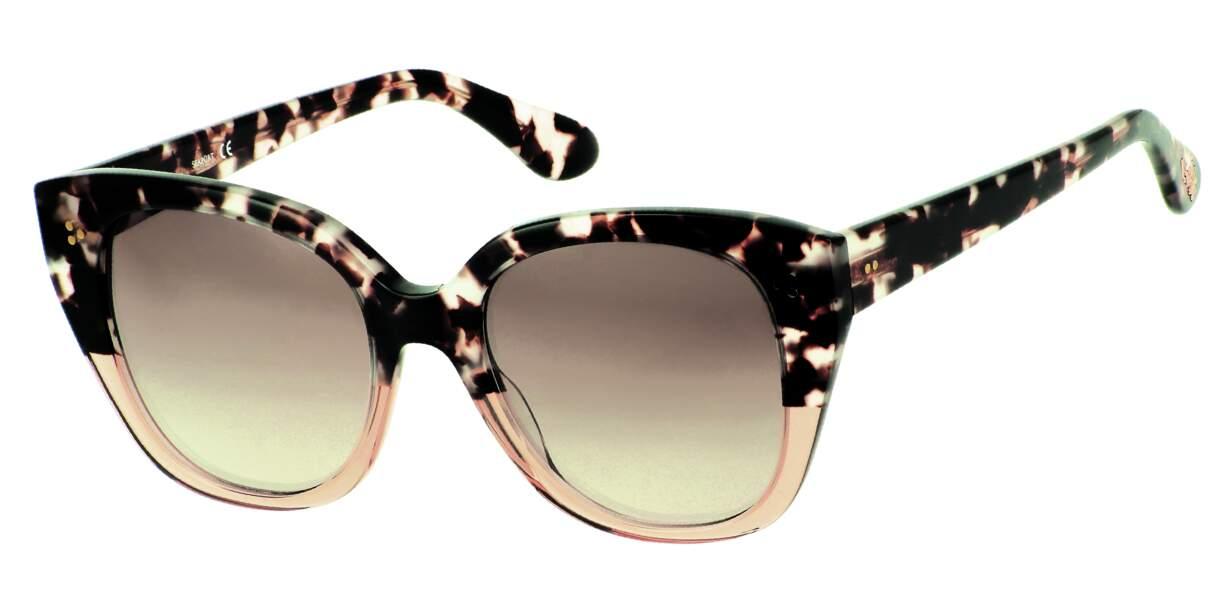 Solaires, 260€, Paul & Joe Eyewear.