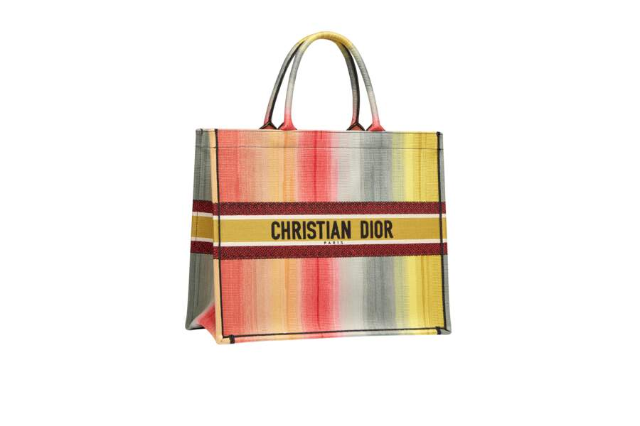 Tote bag Dioriviera, 2500€, Dior.