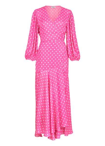 Robe maxi portefeuille rose fluorescente à pois, 235€, Essentiel Antwerp